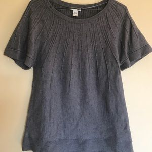 Classic gray short sleeved sweater